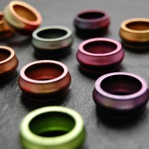Bague Design en Aluminium, 25 couleurs au choix