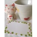 Tasse et chat en céramique assortis